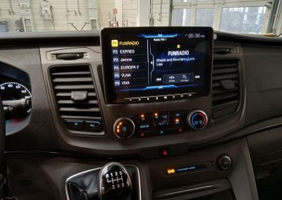 Ford Transit Custom – 9″ multimedia station Alpine iLX-F903